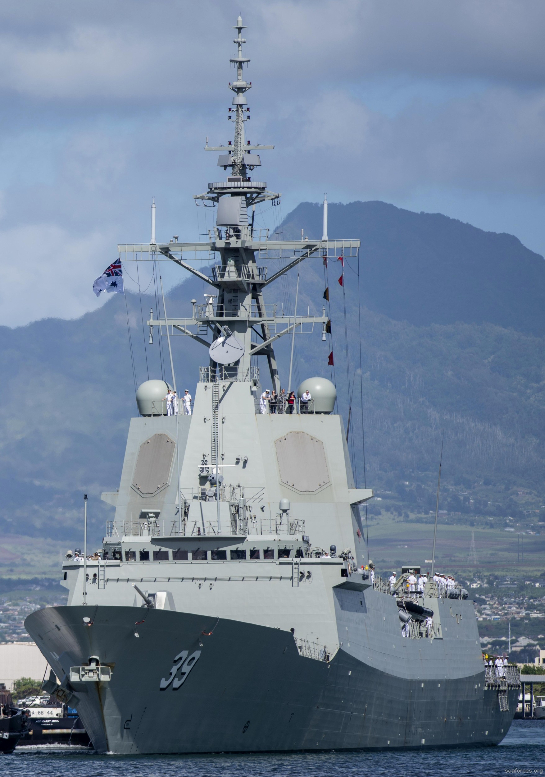 DDGH-39-HMAS-Hobart-04.jpg