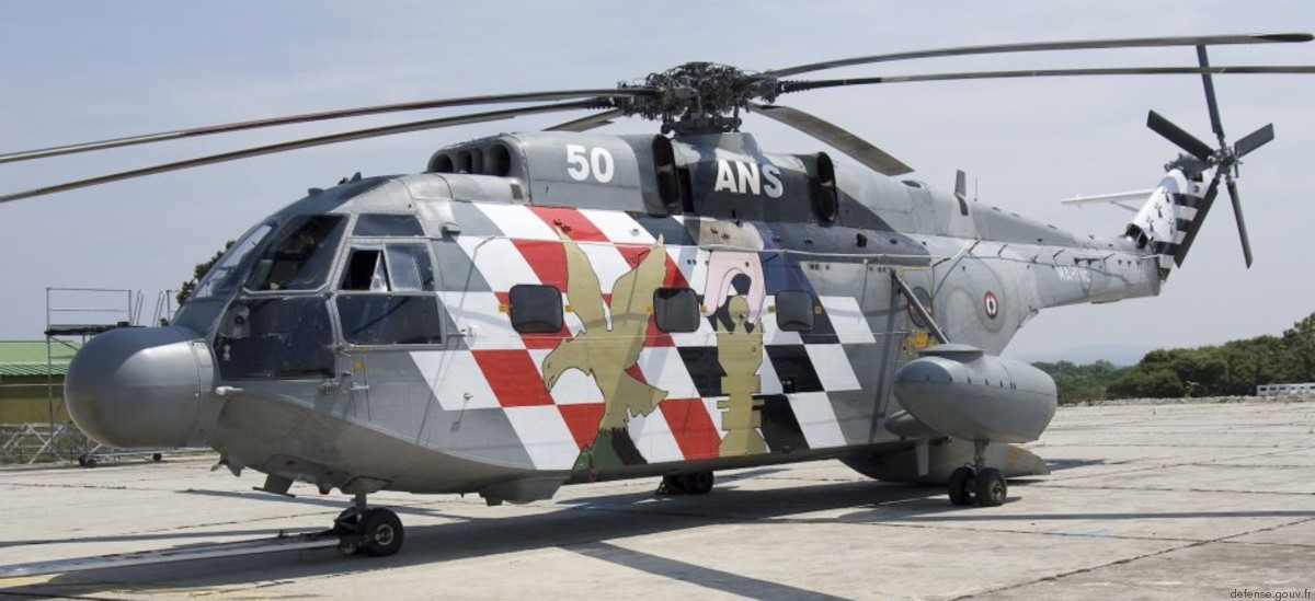 Sud Aviation Aérospatiale SA 321G Super Frelon Marine French Navy Helicopter