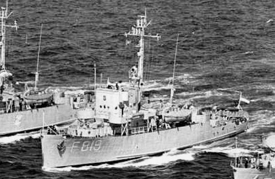 F 819 HNLMS Hermelijn - Roofdier Class Corvette - US PCE-1604 class Patrol Craft Escort