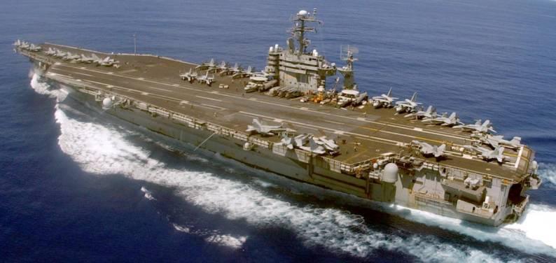 CVN70,aircraft,carrier,USS,Carl Vinson,f18,hornet,ea6b,prowler,e2,gold eagle