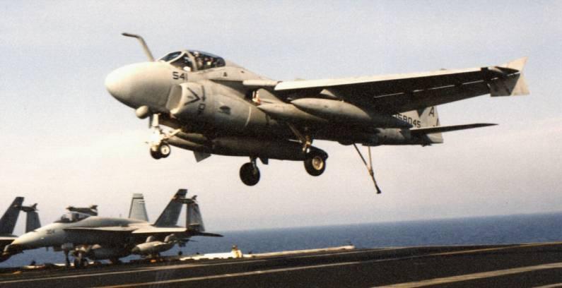 Grumman A-6 Intruder y EA-6B Prowler Image021