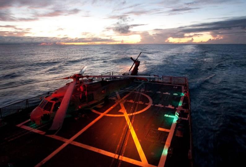 Uss Pinckney Ddg 91 Arleigh Burke Class Guided Missile