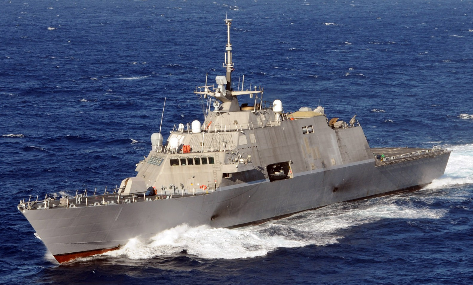 Uss freedom lcs 1 class littoral combat ship us navy - Uss freedom lcs 1 photos ...