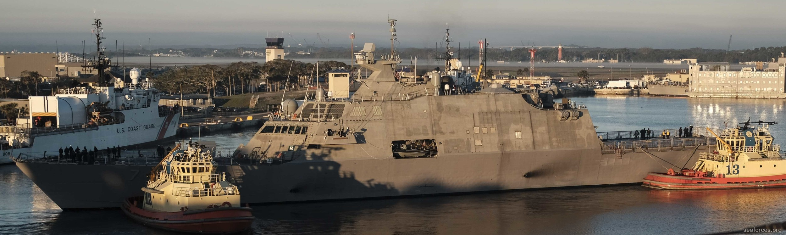 USS Detroit LCS-7 Freedom class Littoral Combat Ship US Navy