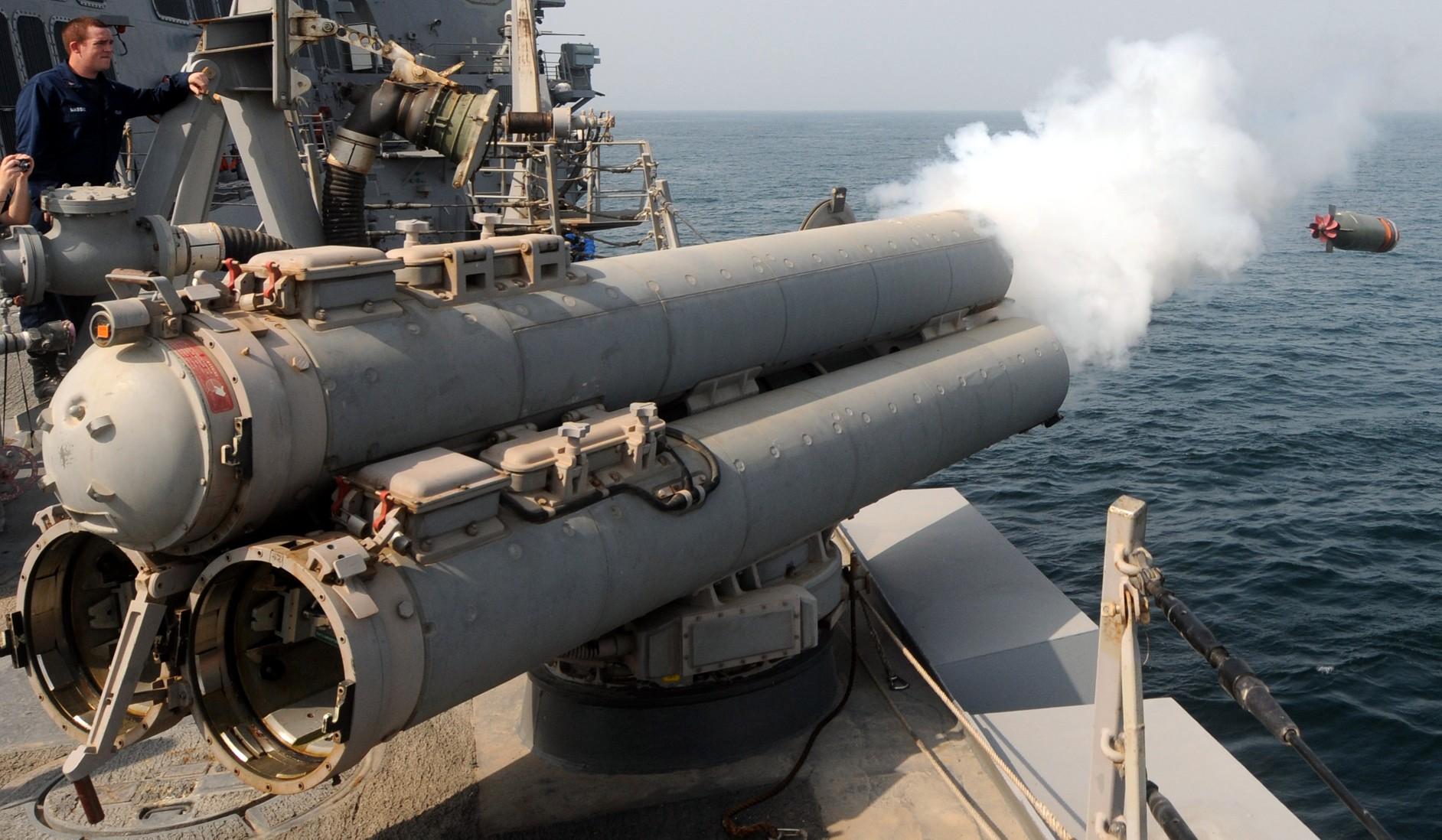 Mk-32-torpedo-tubes-036.jpg
