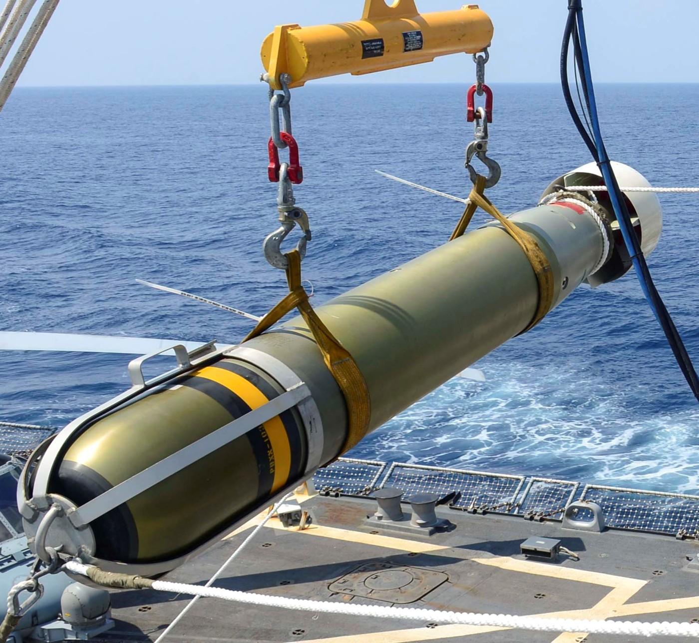 الطراد الأمريكي تايكندروجا Mk-46-torpedo-006