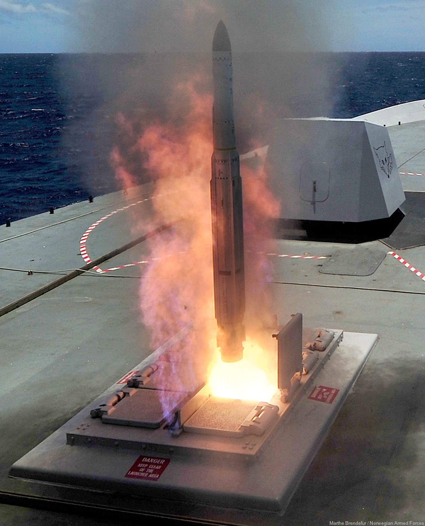 RIM-162 Evolved Sea Sparrow Missile ESSM SAM